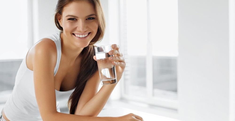 dlaczego pić wodę