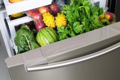 Jedzenie większej ilości warzyw i owoców nie pomaga w odchudzaniu