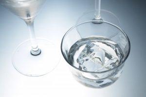 woda mineralna i źródlana