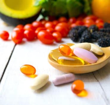 Suplementacja witaminami stratą pieniędzy