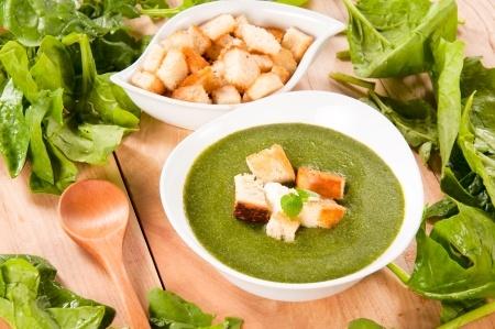 zupa szpinakowa - źródło żelaza