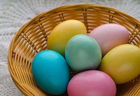 Czy barwienie jajek wielkanocnych jest bezpieczne dla zdrowia?