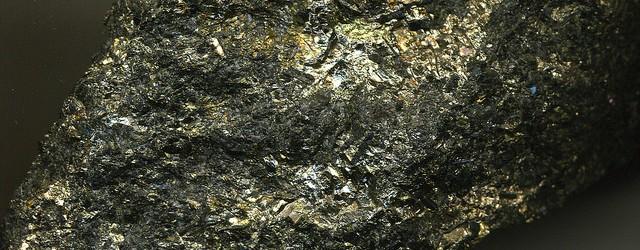 ruda niklu