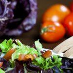 Włoski projekt ustawy: więzienie za zmuszanie dziecka do diety wegańskiej