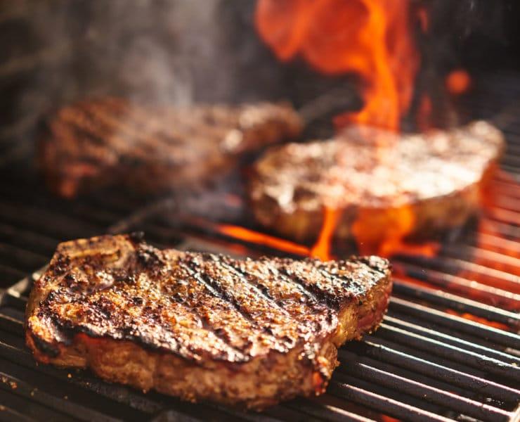podaż grillowanego mięsa