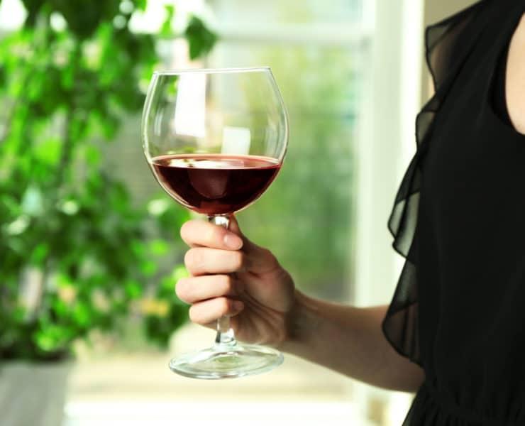 wino kobieta