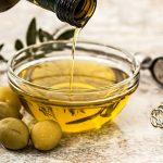 Polscy naukowcy odkryli nowe właściwości oleaceiny – składnika oliwy z oliwek