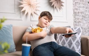 otyłość młodzieńcza