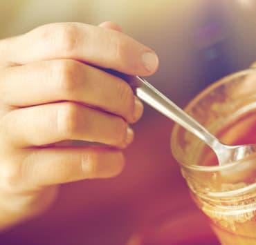 jak rozpoznać naturalny miód