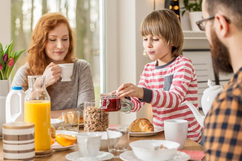 wspólne śniadanie