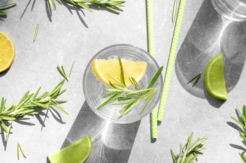 szklanka cytryna
