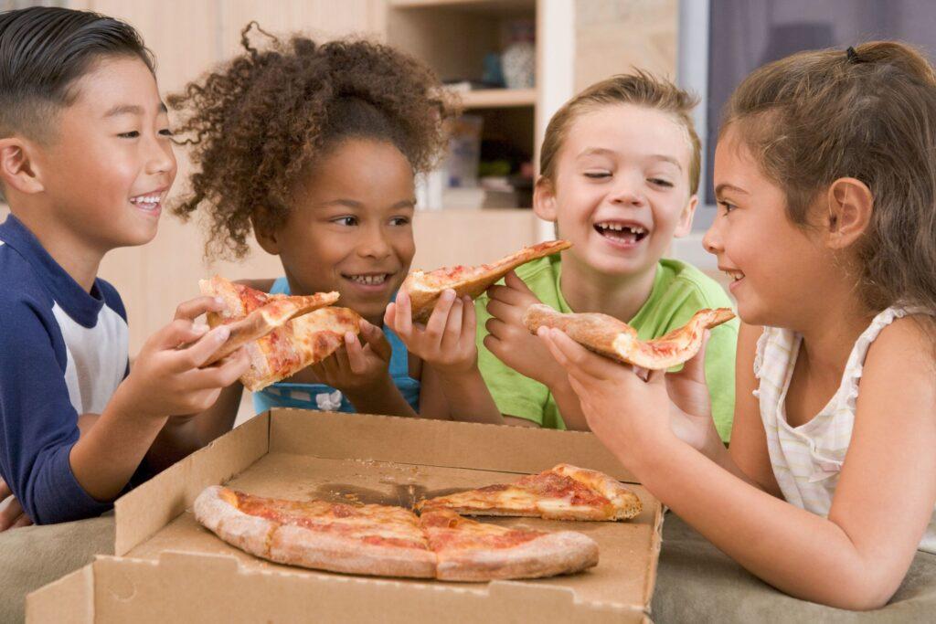 fast food pizza dzieci